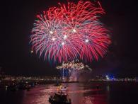 Xena Vuurwerk verzorgde in 2015 de professionele vuurwerkshows op het IJ tijdens Sail Amsterdam