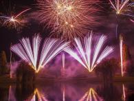 Xena Vuurwerk verzorgt jaarlijks de professionele vuurwerkshow op 5 mei in het park Laapersveld te Hilversum